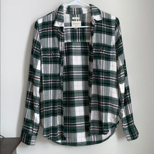 American Eagle green & red plaid flannel